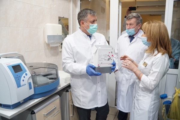 Игорь Кобзев: Мощности лаборатории Центра СПИД могут быть увеличены