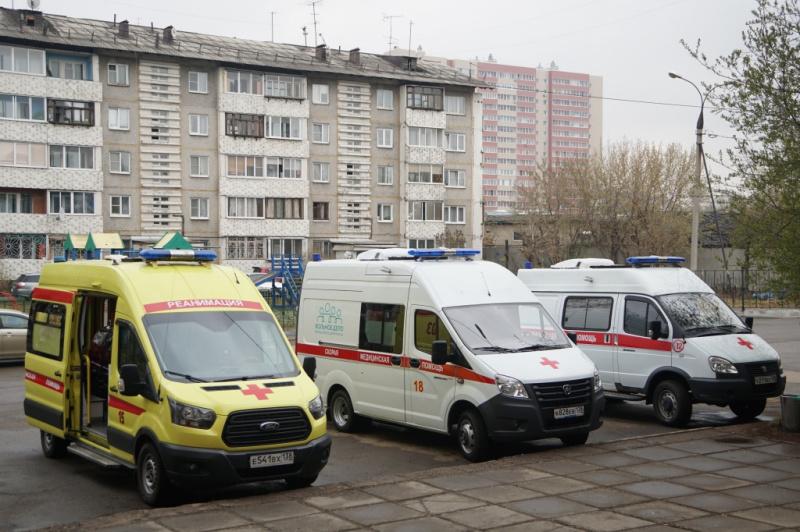 Игорь Кобзев поручил обеспечить службу «скорой помощи» необходимым количеством автомобилей