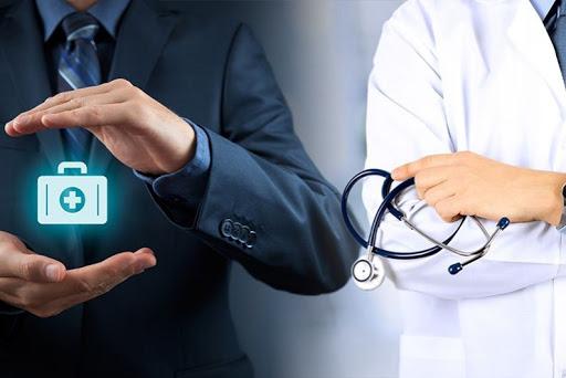 Реализацию Указа Президента Российской Федерации «О предоставлении дополнительных страховых гарантий отдельным категориям медицинских работников» обсудили на совещании в областном минздраве