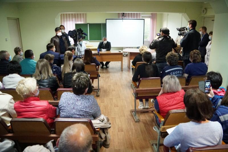 В Иркутской области единовременную выплату получит медицинский персонал, работающий с коронавирусными больными и входящий в зону риска заражения COVID-19