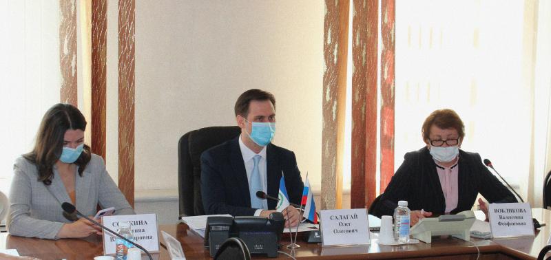 Замминистра здравоохранения РФ Олег Салагай провёл совещание с субъектами Российской Федерации в формате ВКС в минздраве Иркутской области