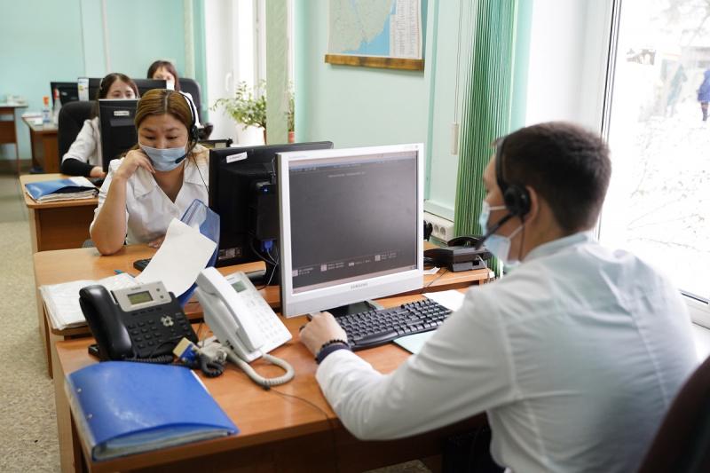 Иркутская станция скорой медицинской помощи получила оборудование от бизнес-сообщества региона