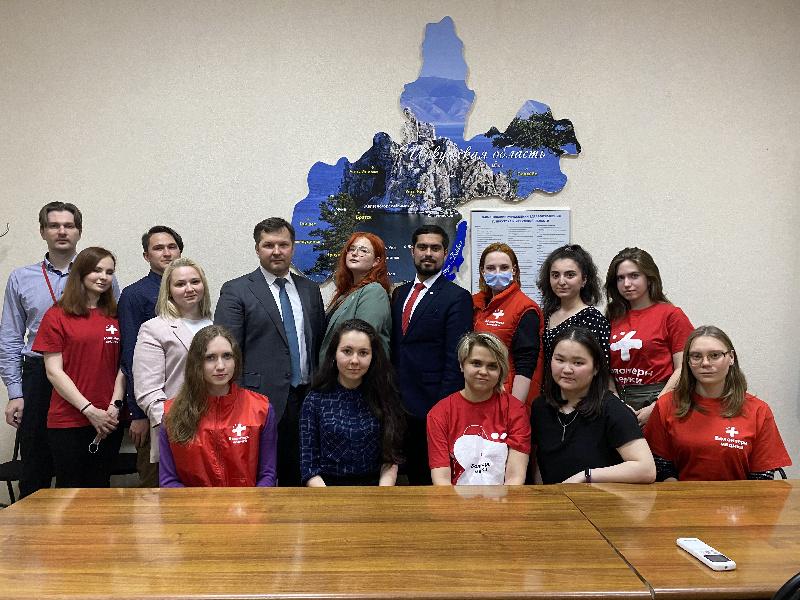 Поздравление министра здравоохранения Иркутской области Якова Сандакова с Днём знаний